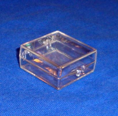 """1"""" x 1"""" Hinged Plastic Box (617)"""